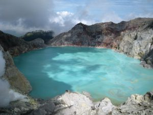 ijen crater 1