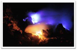 ijen-blue-fire